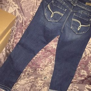 YMI sz 1 ankle jeans or capris washed not worn